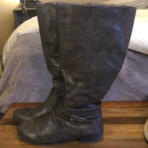Charcoal gray boots
